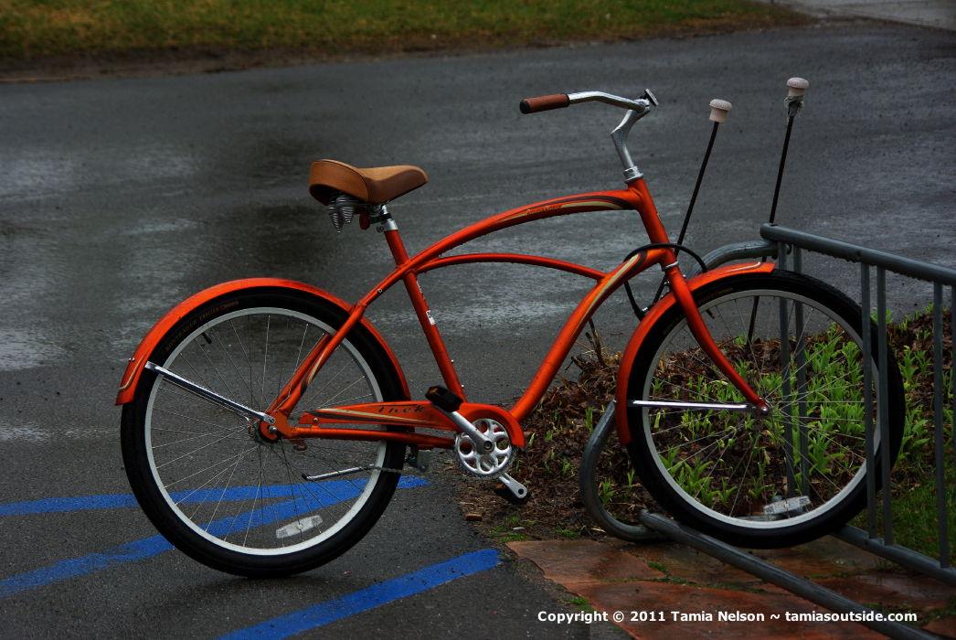 Orange Retro Bicycle - (c) Tamia Nelson Image on Tamiasoutside.com - Verloren Hoop Productions