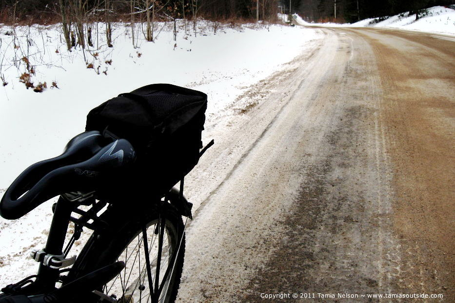 Studded Snowtires Country - (c) Tamia Nelson Image on Tamiasoutside.com - Verloren Hoop Productions