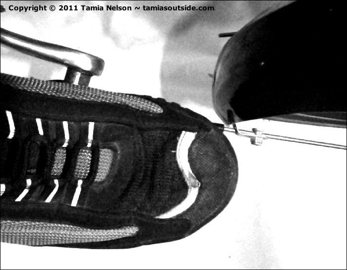Toe Overlap (c) Tamia Nelson